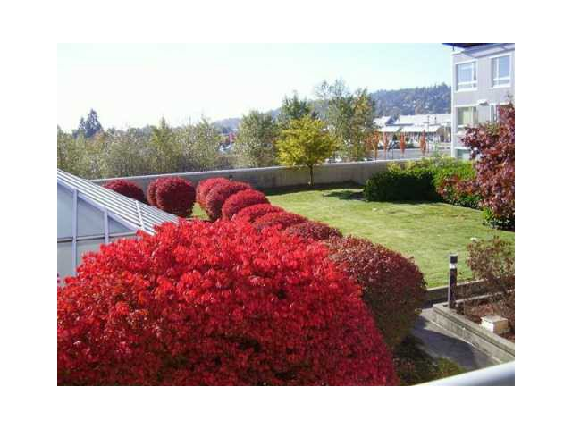 Photo 5: Photos: PH16 1163 The High Street in Coquitlam: North Coquitlam Condo for sale : MLS®# V1068373