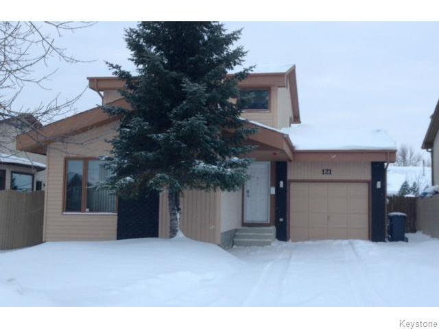 Main Photo: 121 Spruce Thicket Walk in Winnipeg: Single Family Detached for sale (Riverbend)  : MLS®# 1401341