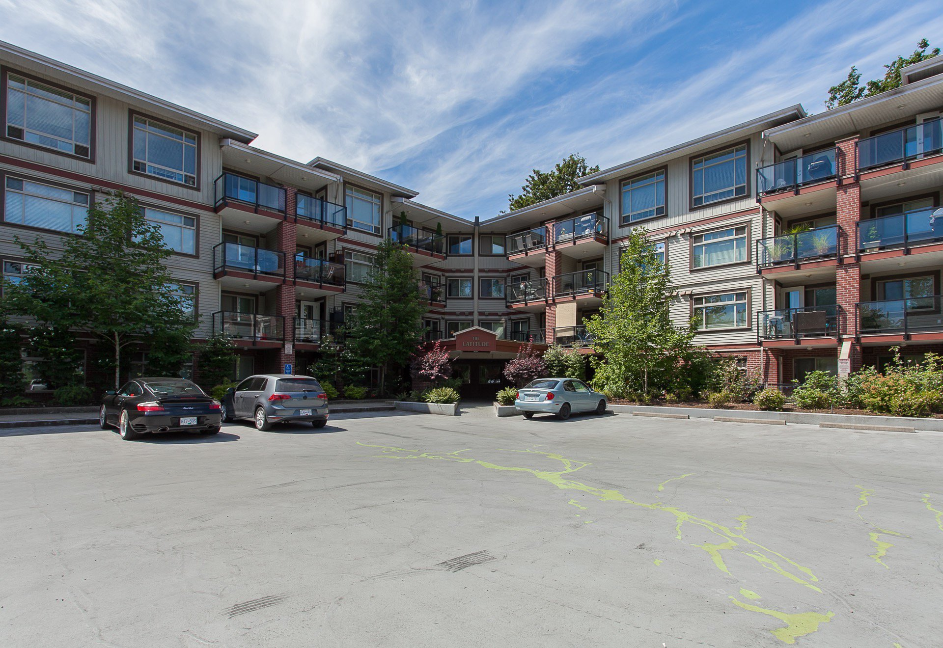 Main Photo: 118 2233 McKenzie in Abbotsford: Central Abbotsford Condo for sale : MLS®# R2387781