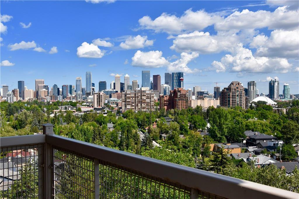 Main Photo: 505 3204 RIDEAU Place SW in Calgary: Rideau Park Apartment for sale : MLS®# C4263774