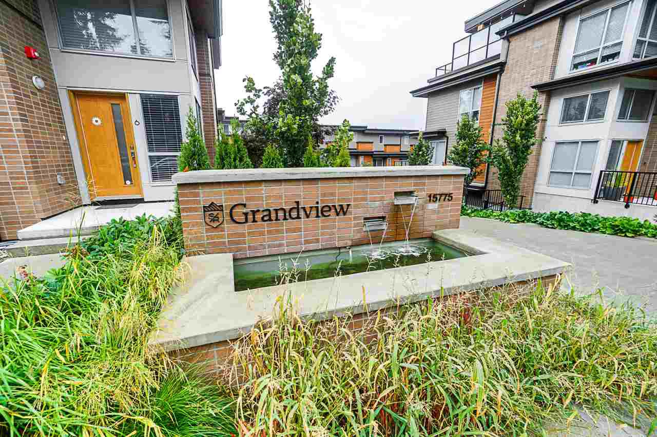 Main Photo: 46 15775 MOUNTAIN VIEW Drive in Surrey: Grandview Surrey Townhouse for sale (South Surrey White Rock)  : MLS®# R2473573