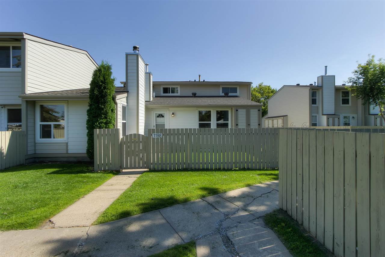 Main Photo: 1198 KNOTTWOOD Road E in Edmonton: Zone 29 Townhouse for sale : MLS®# E4208476