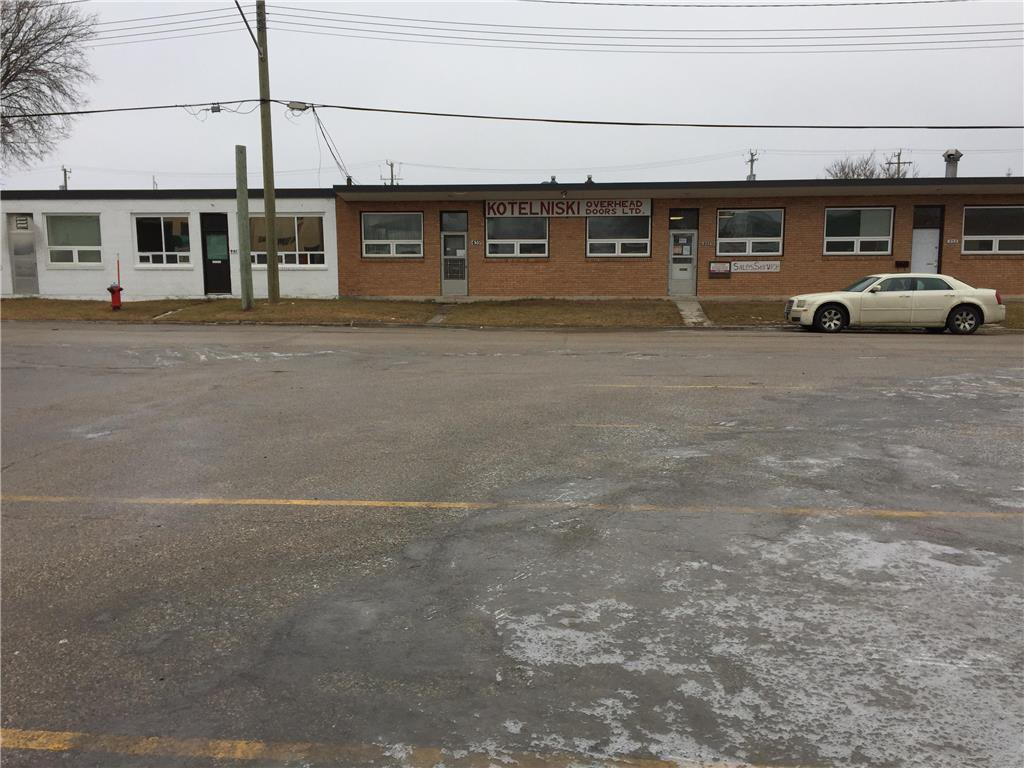 Main Photo: 435 Kensington Street in Winnipeg: St James Industrial / Commercial / Investment for sale (5E)  : MLS®# 202100143