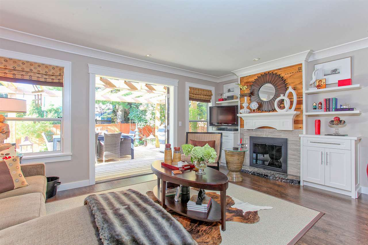 Photo 8: Photos: 6305 48A AVENUE in Delta: Holly House for sale (Ladner)  : MLS®# R2100114