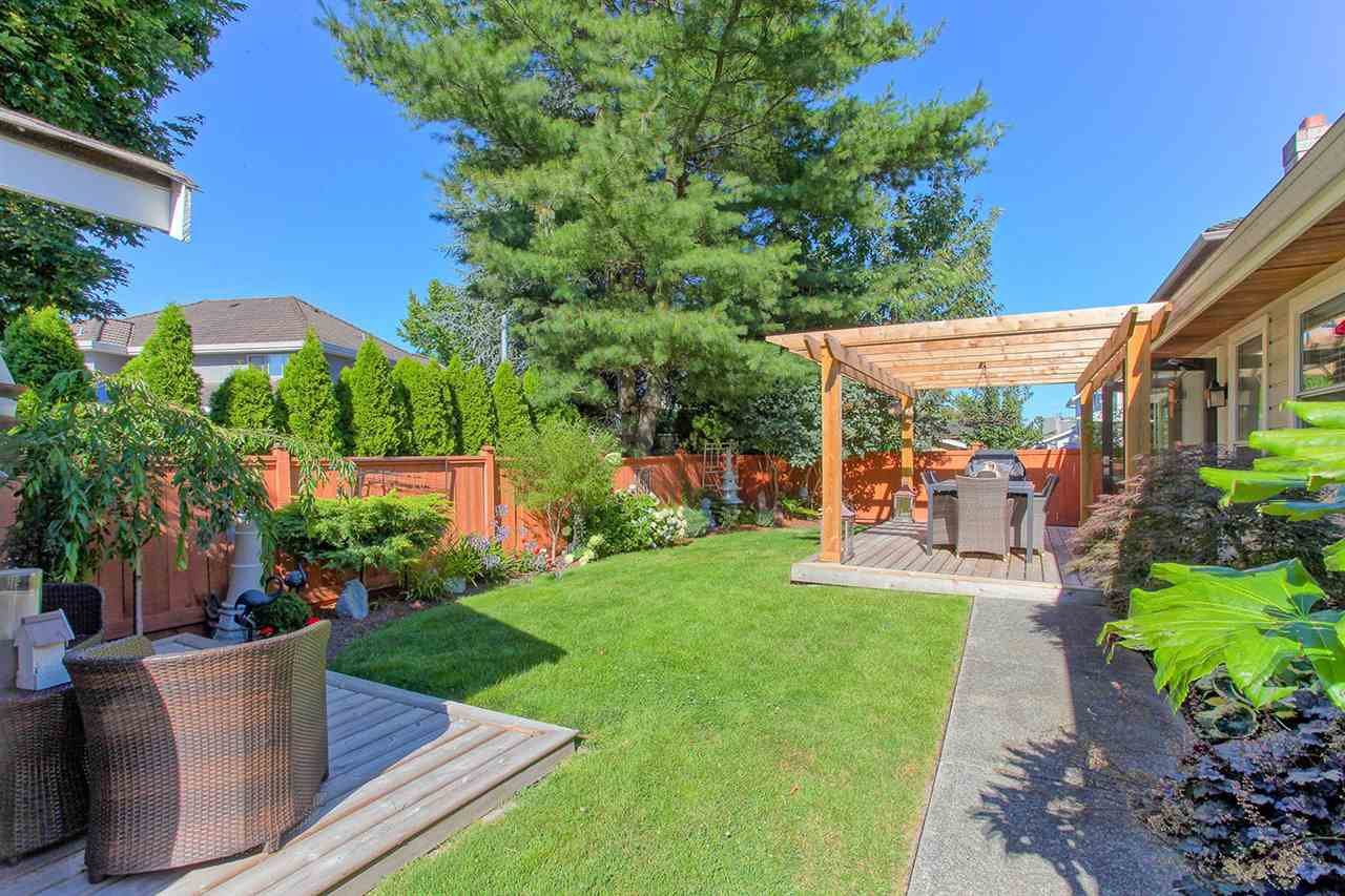 Photo 18: Photos: 6305 48A AVENUE in Delta: Holly House for sale (Ladner)  : MLS®# R2100114