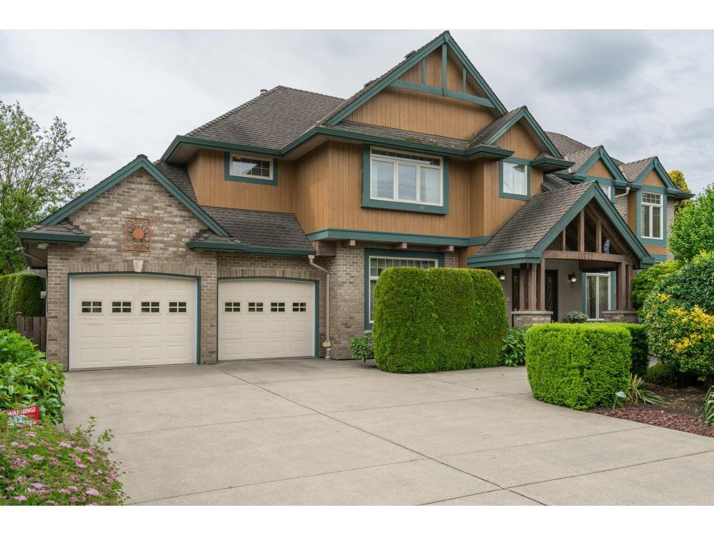 Main Photo: 31772 OLD YALE Road in Abbotsford: Abbotsford West House for sale : MLS®# R2399651