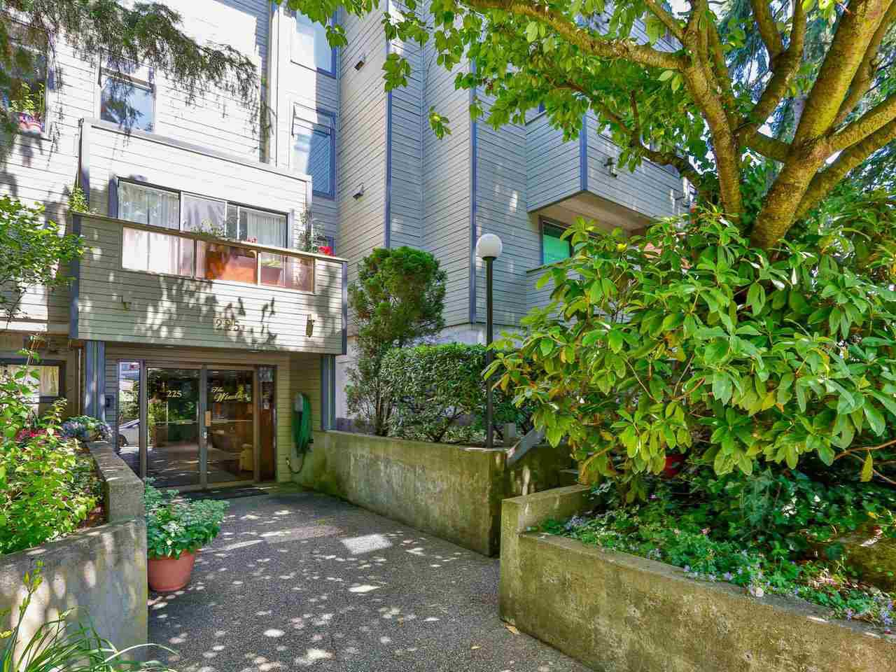 Main Photo: 110 225 MOWAT Street in New Westminster: Uptown NW Condo for sale : MLS®# R2468883