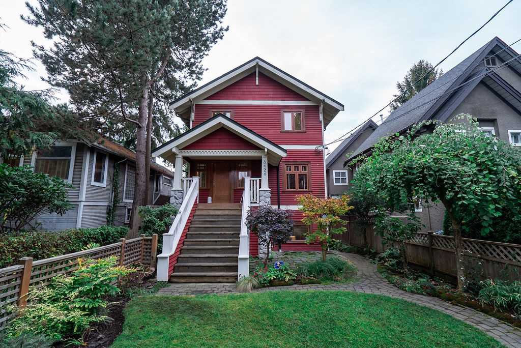 Main Photo: 3424 W 7TH Avenue in Vancouver: Kitsilano House 1/2 Duplex for sale (Vancouver West)  : MLS®# R2509368