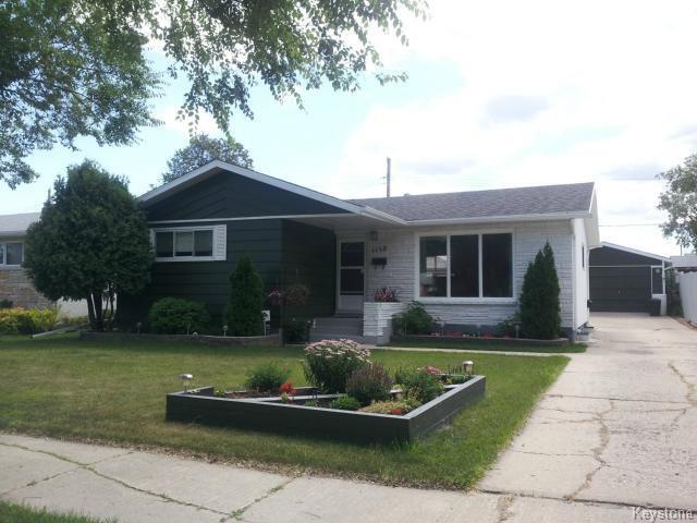 Main Photo: 1150 Betourney Street: Residential for sale : MLS®# 1320086