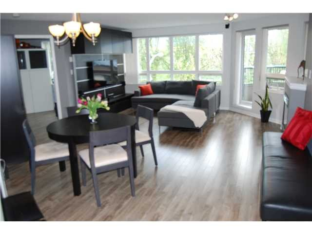 Main Photo: A306 2099 Lougheed Hwy. in Port Coquitlam: Glenwood PQ Condo for sale : MLS®# v1073149