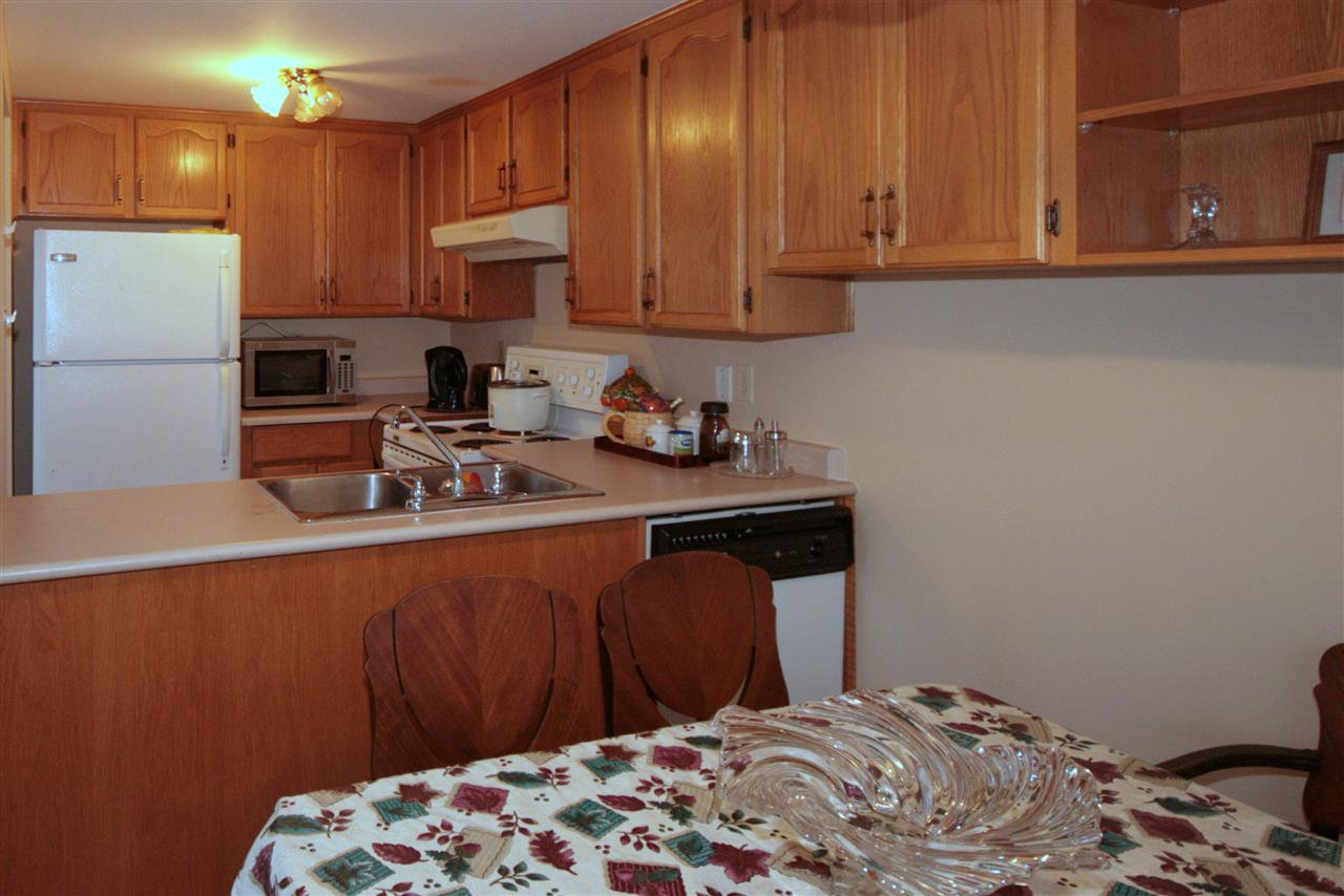 Photo 5: Photos: 5348 199 STREET in Langley: Langley City 1/2 Duplex for sale : MLS®# R2007450