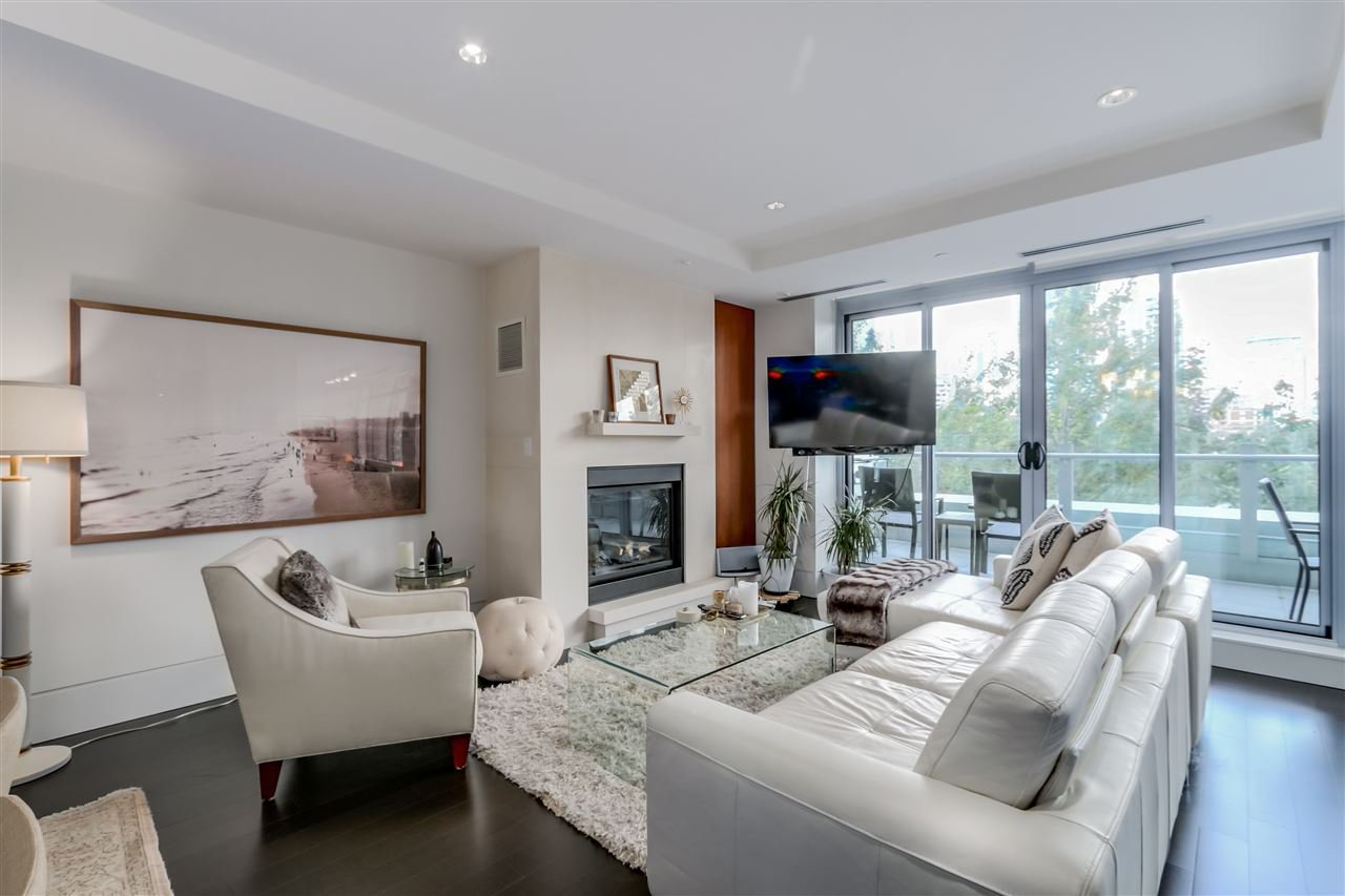 Main Photo: 303 1560 HOMER MEWS in Vancouver: Yaletown Condo for sale (Vancouver West)  : MLS®# R2120737