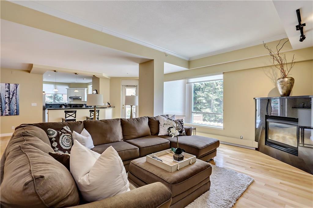 Main Photo: 204 228 26th Avenue SW: Calgary Condo for sale : MLS®# C4123626