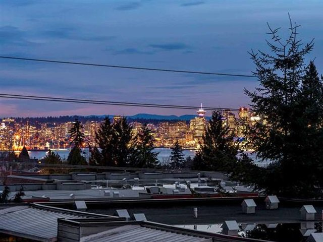 Photo 14: Photos: 305 119 W 22ND STREET in North Vancouver: Central Lonsdale Condo for sale : MLS®# R2419314