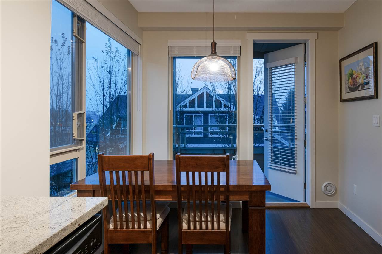 Photo 10: Photos: 305 119 W 22ND STREET in North Vancouver: Central Lonsdale Condo for sale : MLS®# R2419314