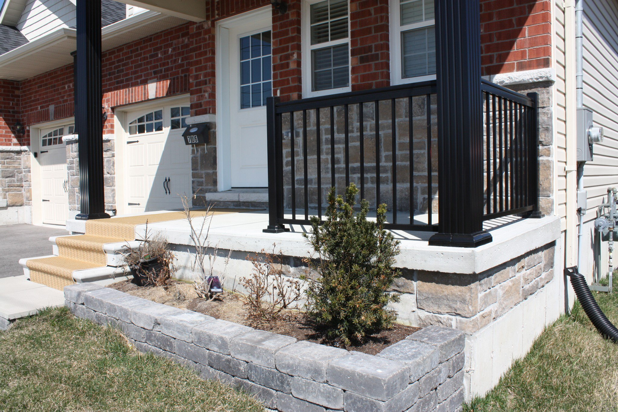 Photo 2: Photos: 706 Ontario Street in Cobourg: Residential Attached for sale : MLS®# 254262