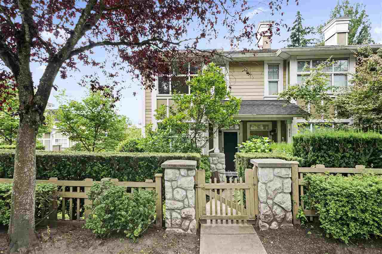 "Main Photo: 990 W 58TH Avenue in Vancouver: South Cambie Townhouse for sale in ""Churchill Gardens"" (Vancouver West)  : MLS®# R2472481"
