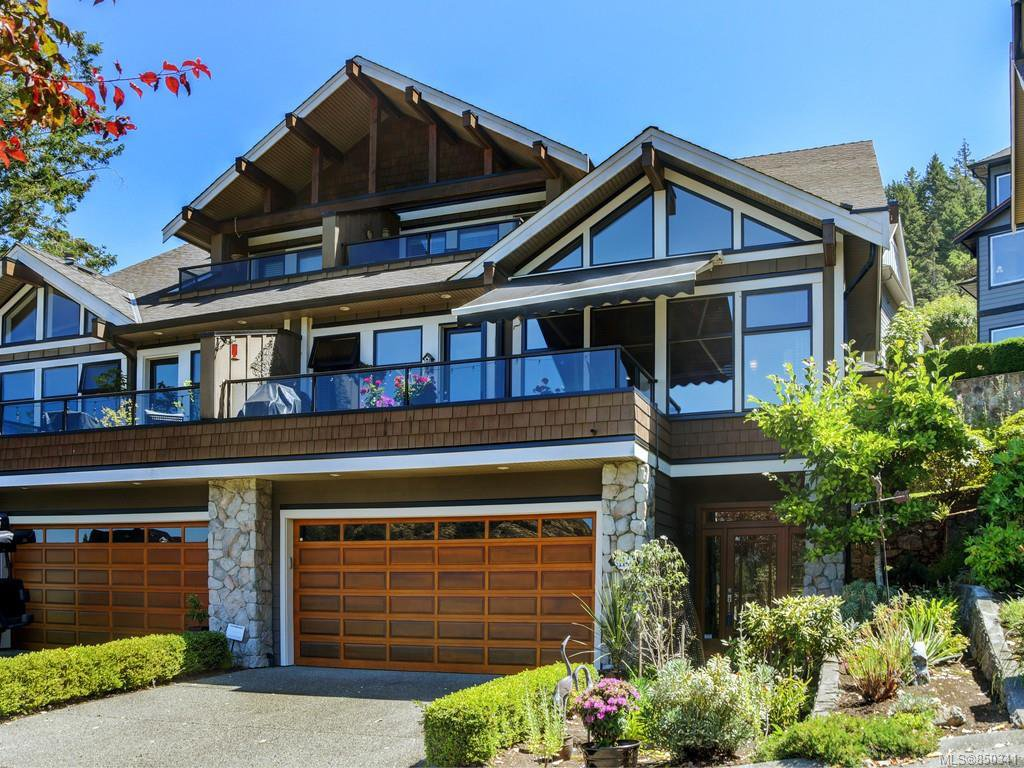 Main Photo: 114 1244 Muirfield Pl in : La Bear Mountain Row/Townhouse for sale (Langford)  : MLS®# 850341