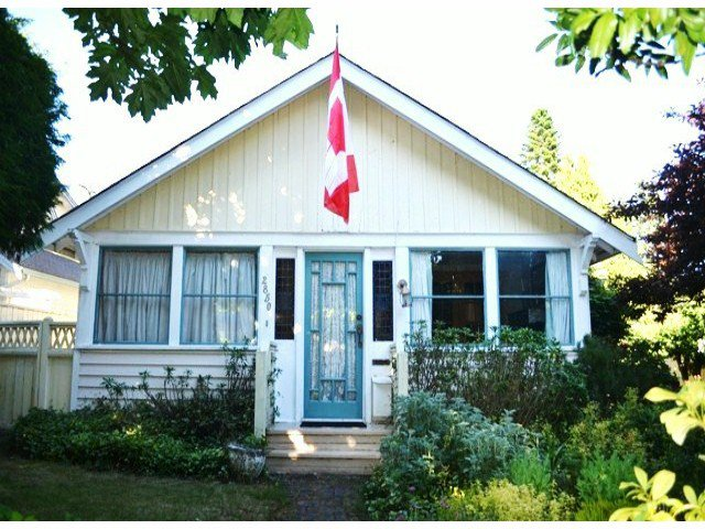 "Main Photo: 2850 MCKENZIE Avenue in Surrey: Crescent Bch Ocean Pk. House for sale in ""Crescent Beach"" (South Surrey White Rock)  : MLS®# F1314997"