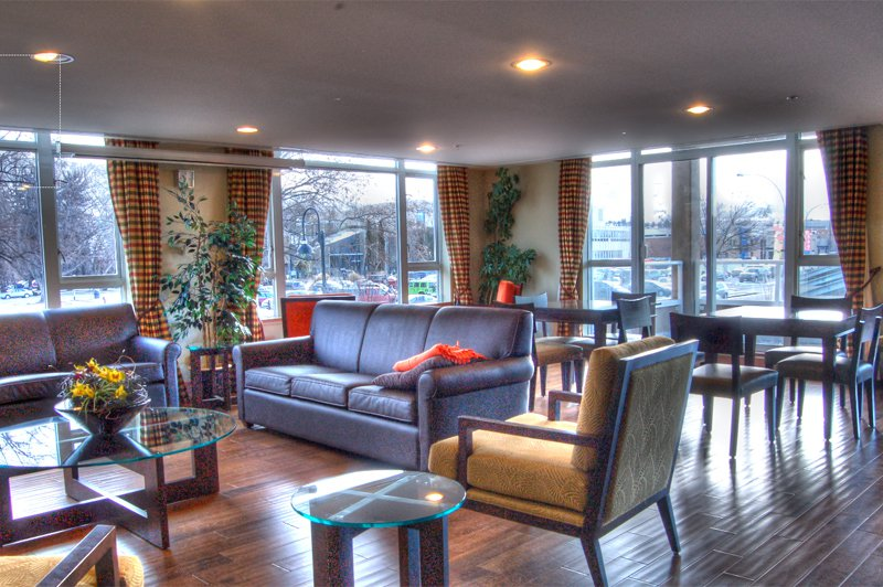 Photo 14: Photos: 701-160 Lakeshore Dr W in Penticton: Okanagan Lake Area Residential Attached for sale : MLS®# 147177