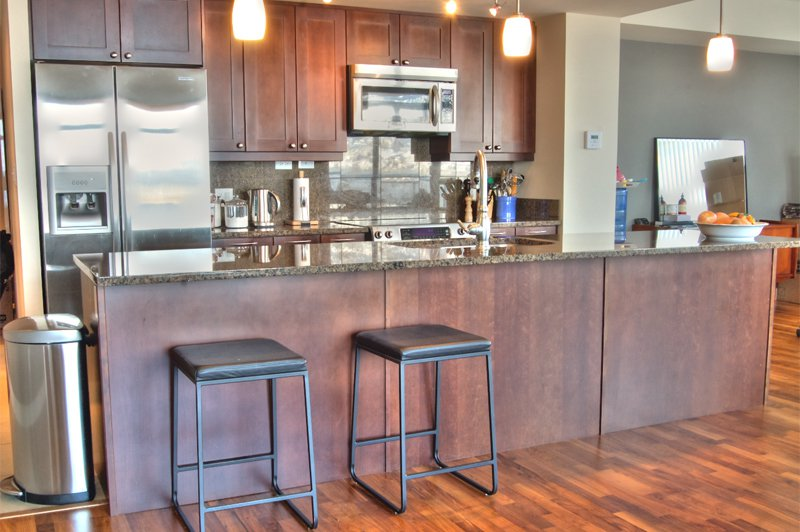 Photo 6: Photos: 701-160 Lakeshore Dr W in Penticton: Okanagan Lake Area Residential Attached for sale : MLS®# 147177