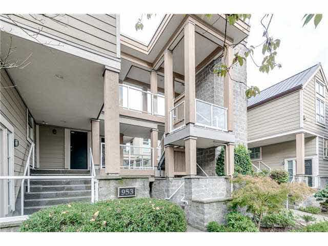 Main Photo: 103 953 W 8th Avenue in Vancovuer: Fairview VW Condo for sale (Vancouver West)  : MLS®# V1094473