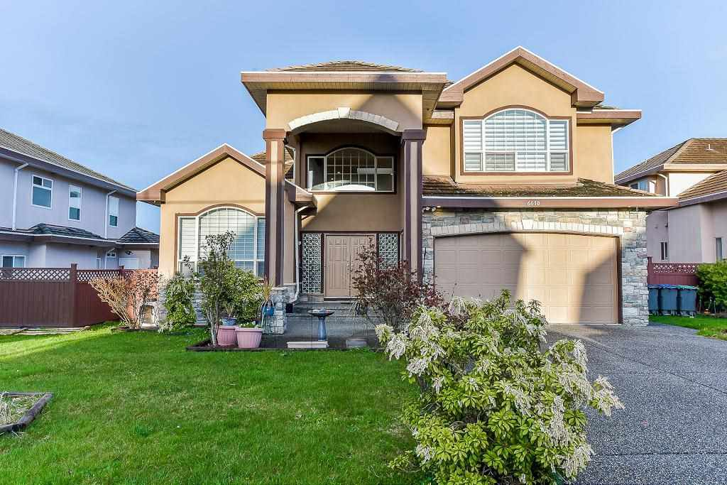Main Photo: 6670 121A STREET in Surrey: West Newton House for sale : MLS®# R2356794