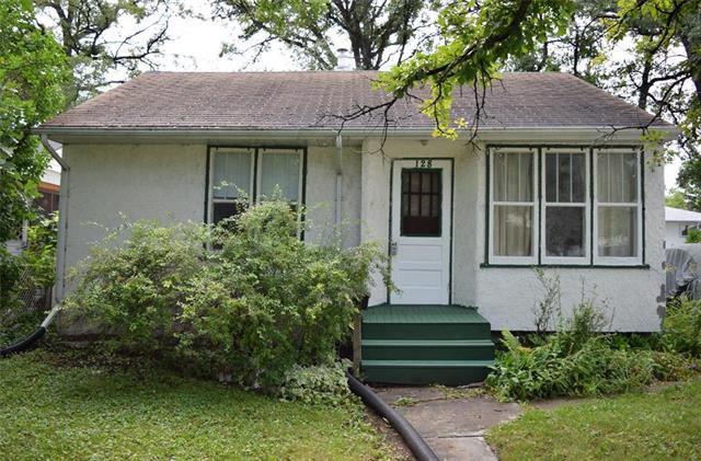 Main Photo: 128 St Vital Road in Winnipeg: St Vital Residential for sale (2C)  : MLS®# 1921668