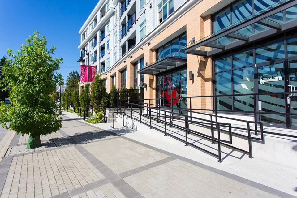 Main Photo: 503 13728 108 Avenue in Surrey: Whalley Condo for sale (North Surrey)  : MLS®# R2422394