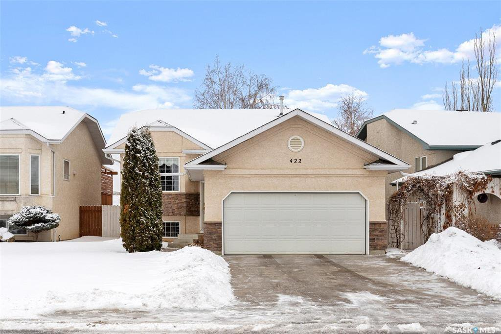 Main Photo: 422 Budz Crescent in Saskatoon: Arbor Creek Residential for sale : MLS®# SK801133