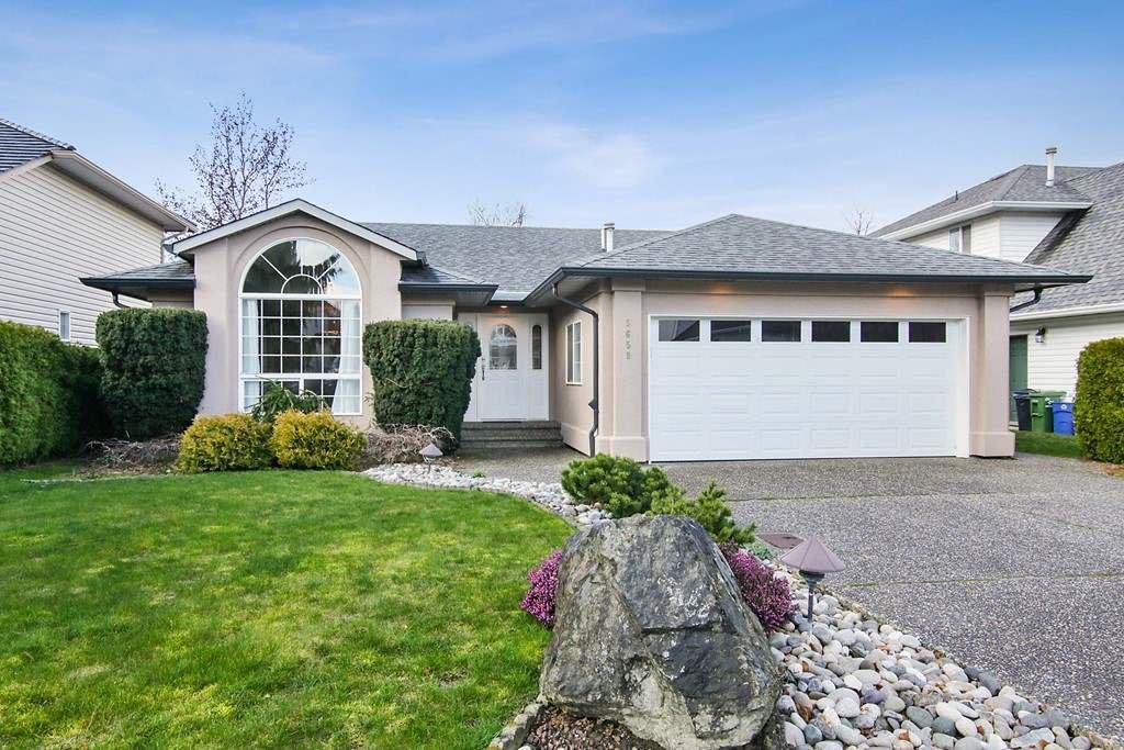"Main Photo: 5659 VILLA ROSA Place in Chilliwack: Vedder S Watson-Promontory House for sale in ""Monte Vista"" (Sardis)  : MLS®# R2442508"
