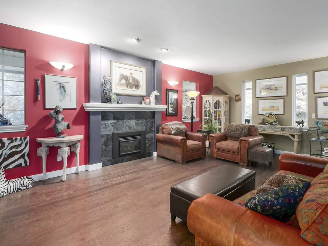 Photo 4: Photos: 13957 32 Avenue in Surrey: Elgin Chantrell House for sale (South Surrey White Rock)  : MLS®# R2466206
