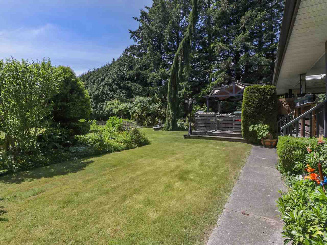 Photo 20: Photos: 13957 32 Avenue in Surrey: Elgin Chantrell House for sale (South Surrey White Rock)  : MLS®# R2466206