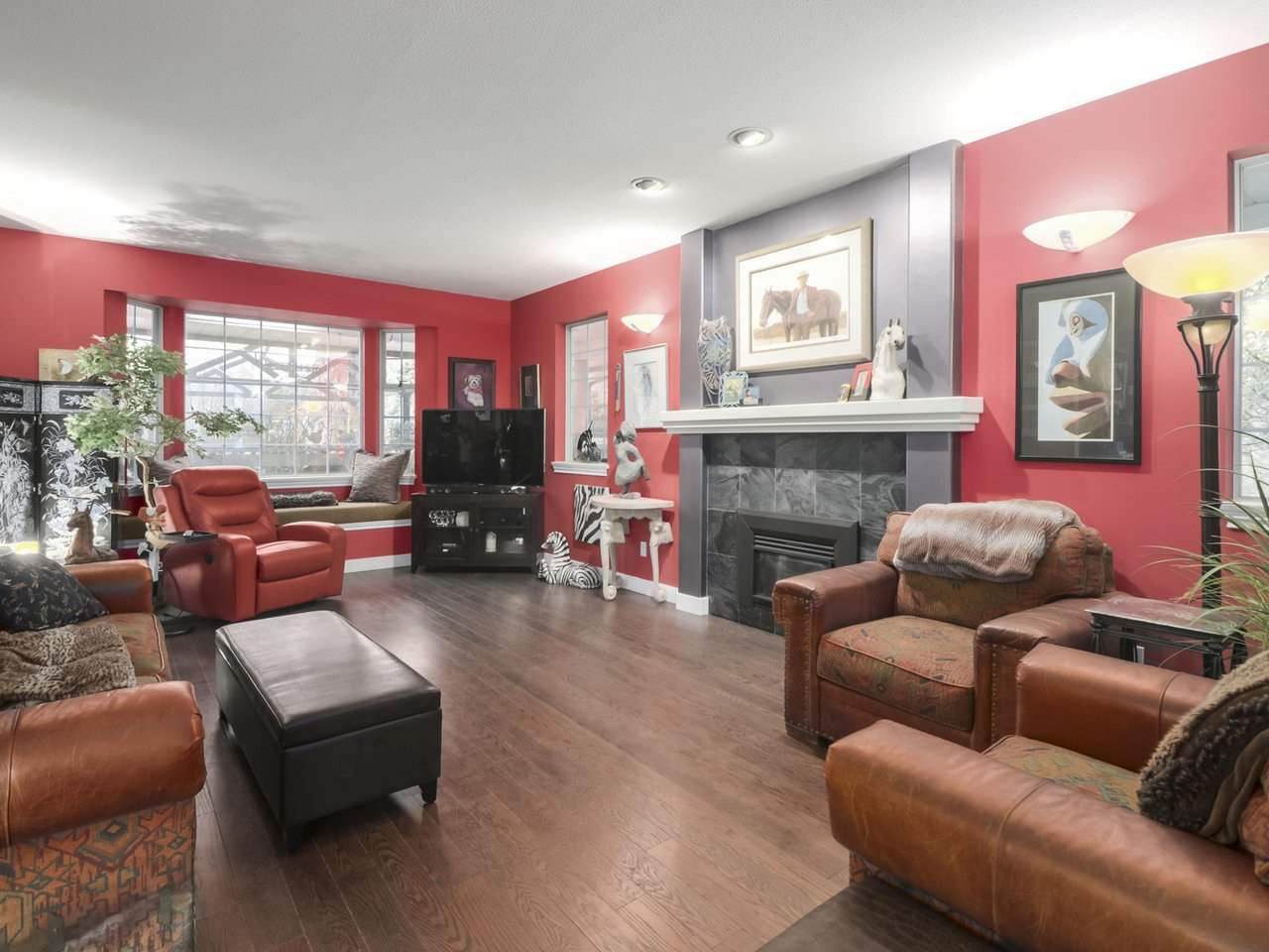 Photo 6: Photos: 13957 32 Avenue in Surrey: Elgin Chantrell House for sale (South Surrey White Rock)  : MLS®# R2466206
