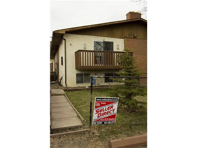 Main Photo: 192 ELMA Street: Okotoks Townhouse for sale : MLS®# C3517830