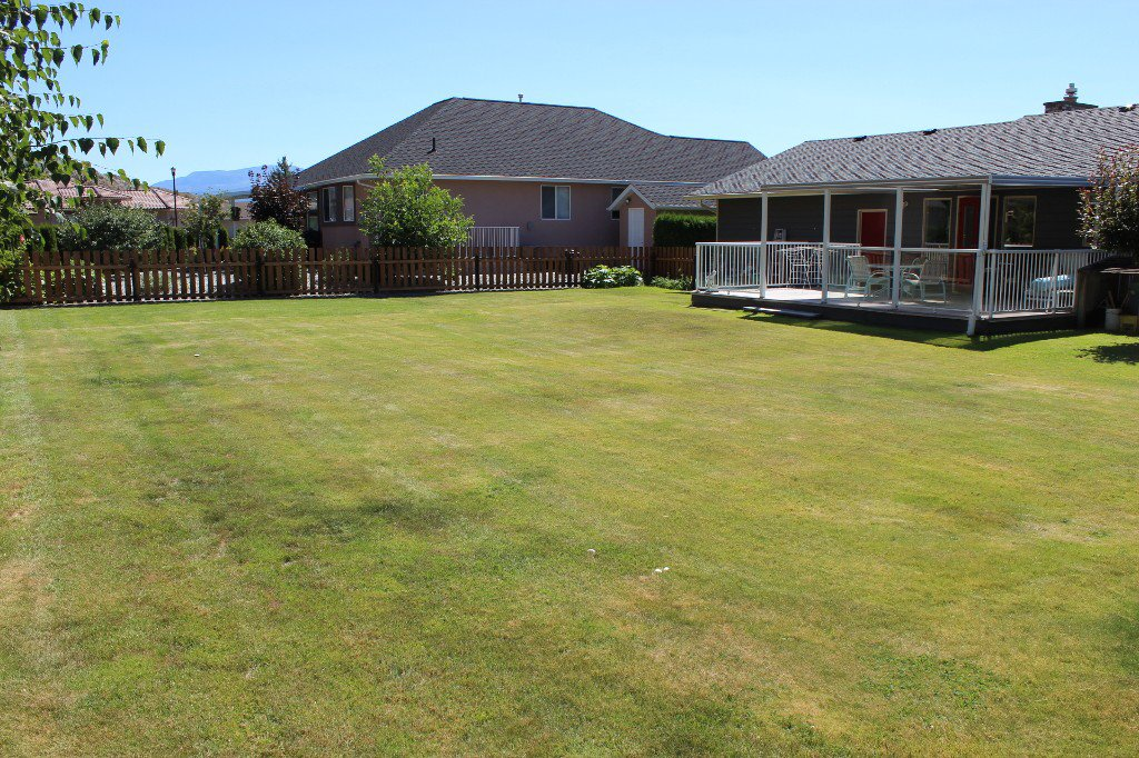 Photo 8: Photos: 412 Nueva Wynd in Kamloops: Campbell Cr./Del Oro House for sale : MLS®# 124117