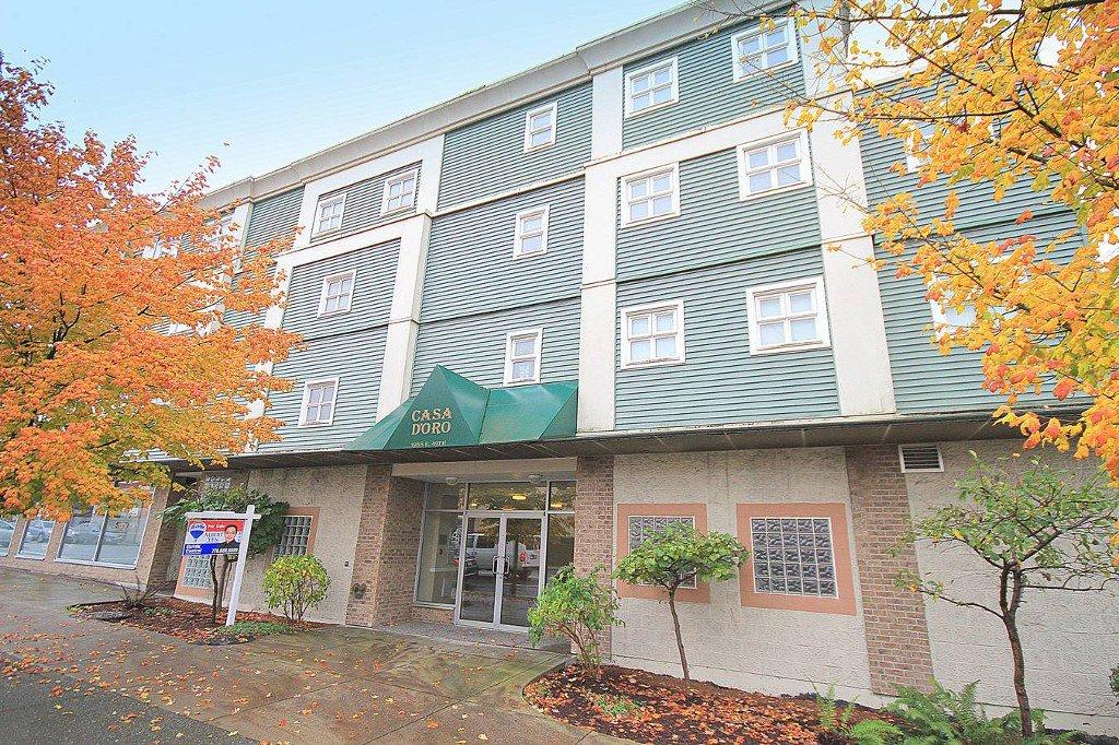 Main Photo: 202 1988 E 49TH Avenue in Vancouver: Killarney VE Condo for sale (Vancouver East)  : MLS®#  V978610