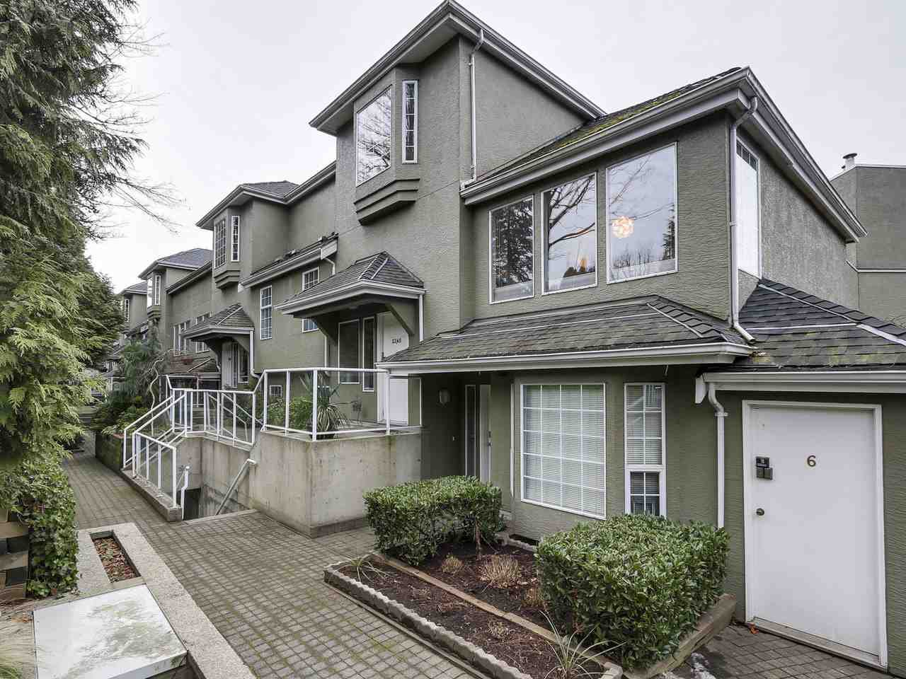Photo 1: Photos: 2345 QUAYSIDE COURT in Vancouver: Fraserview VE Townhouse for sale (Vancouver East)  : MLS®# R2154138