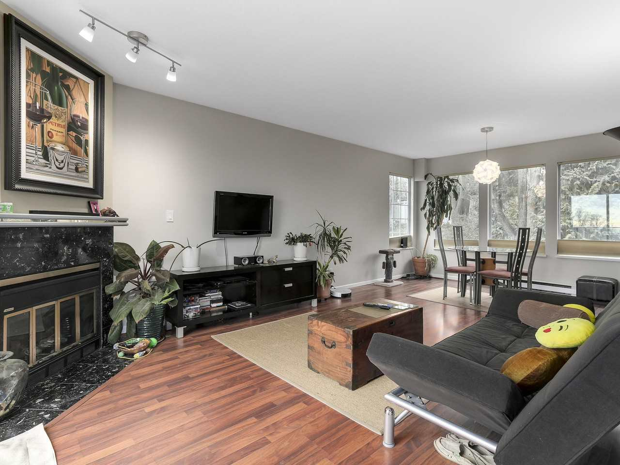 Photo 4: Photos: 2345 QUAYSIDE COURT in Vancouver: Fraserview VE Townhouse for sale (Vancouver East)  : MLS®# R2154138