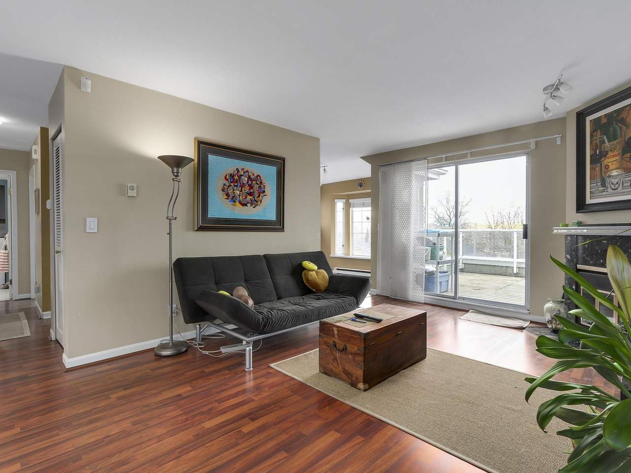 Photo 3: Photos: 2345 QUAYSIDE COURT in Vancouver: Fraserview VE Townhouse for sale (Vancouver East)  : MLS®# R2154138