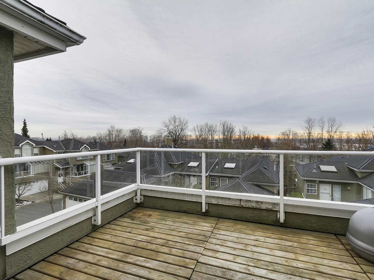 Photo 10: Photos: 2345 QUAYSIDE COURT in Vancouver: Fraserview VE Townhouse for sale (Vancouver East)  : MLS®# R2154138