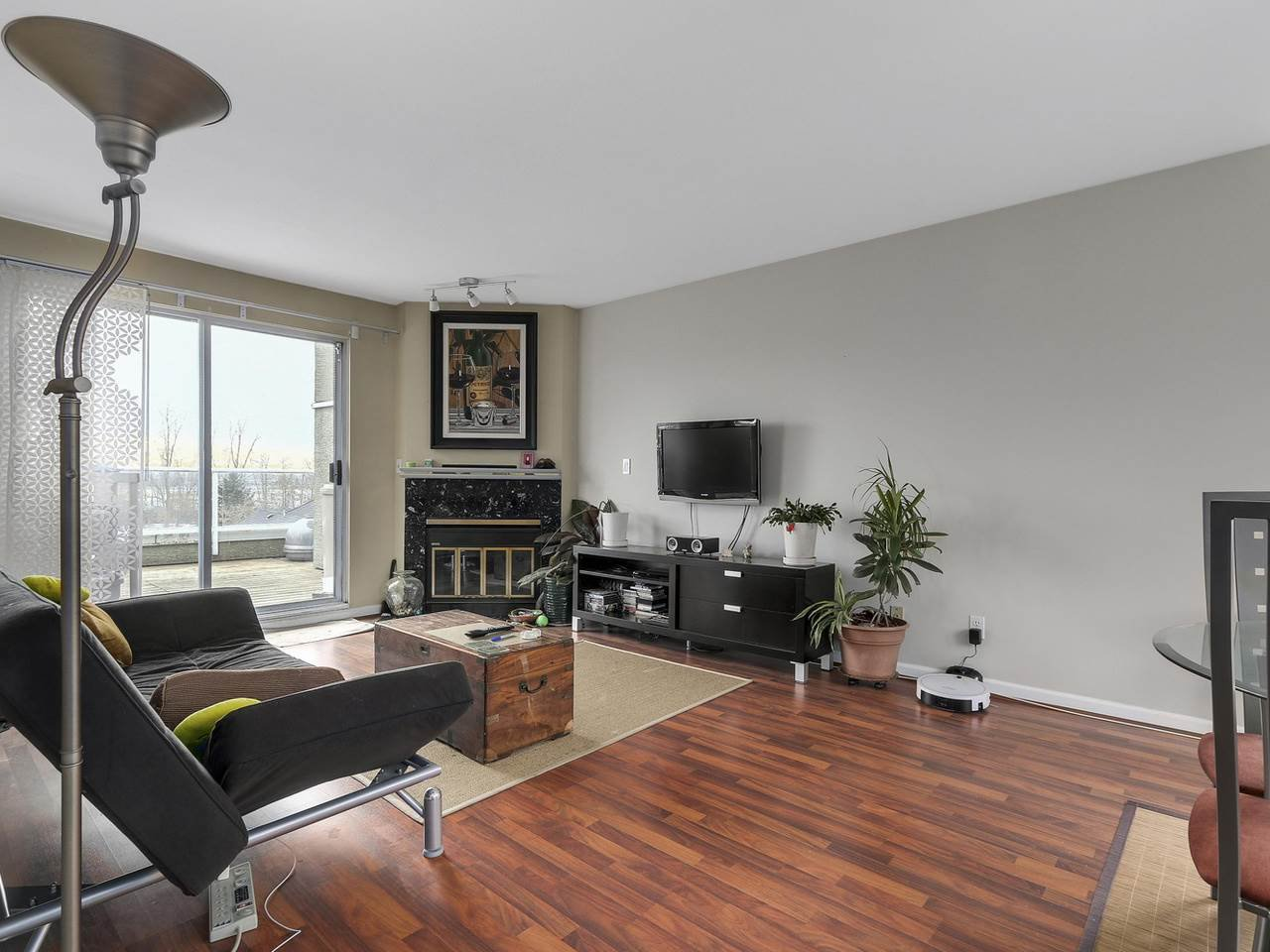 Photo 2: Photos: 2345 QUAYSIDE COURT in Vancouver: Fraserview VE Townhouse for sale (Vancouver East)  : MLS®# R2154138