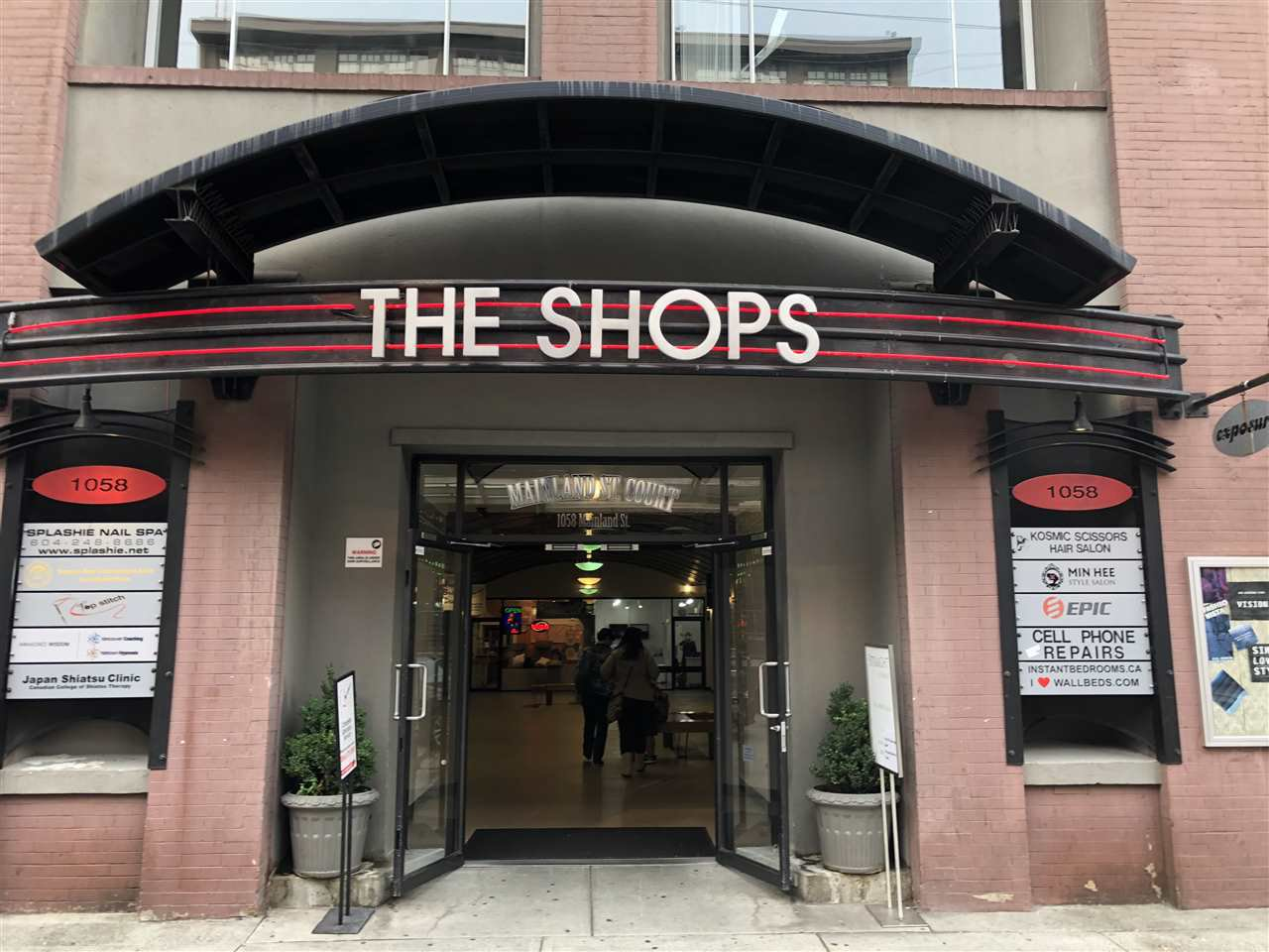 Main Photo: 108 1058 MAINLAND STREET in Vancouver: Yaletown Retail for sale (Vancouver West)  : MLS®# C8020673