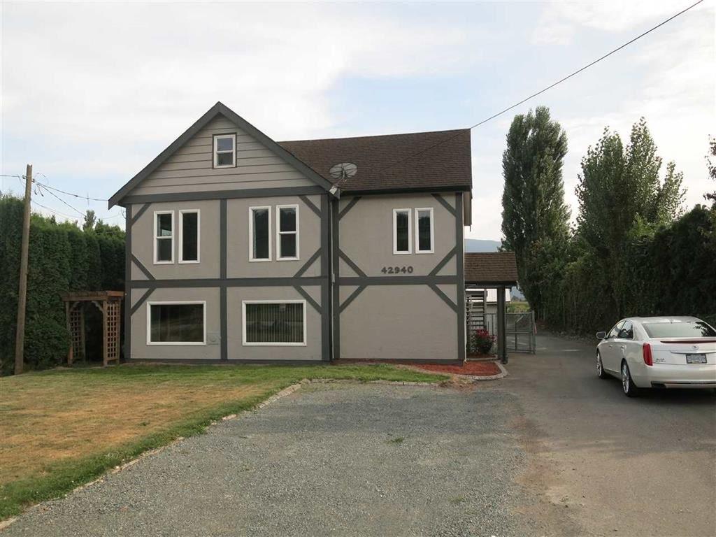 Main Photo: 42940 ADAMS Road in Chilliwack: Greendale Chilliwack House for sale (Sardis)  : MLS®# R2444891
