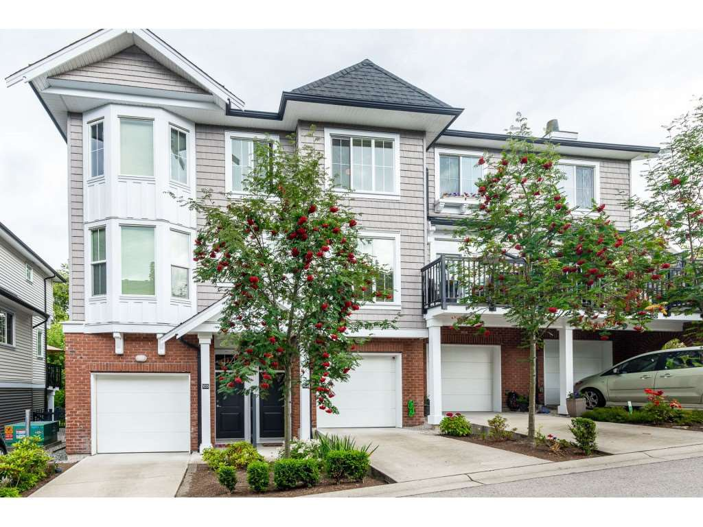 """Main Photo: 102 14833 61 Avenue in Surrey: Sullivan Station Townhouse for sale in """"Ashbury Hill"""" : MLS®# R2478768"""