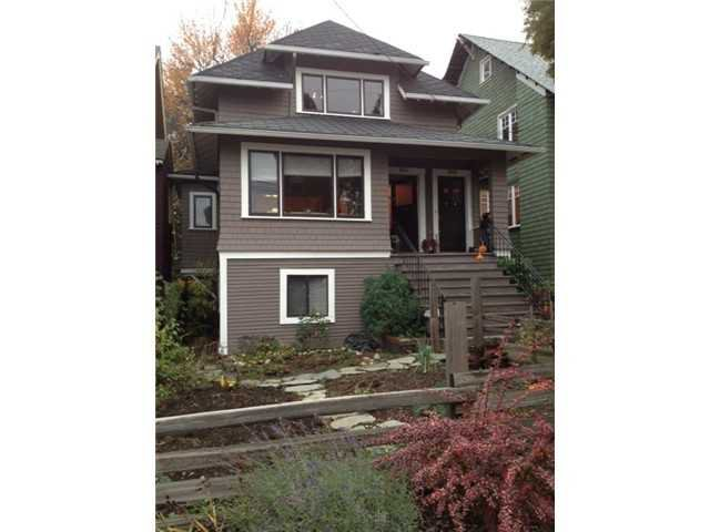 Main Photo: 2629 W 3RD Avenue in Vancouver: Kitsilano House for sale (Vancouver West)  : MLS®# V981890