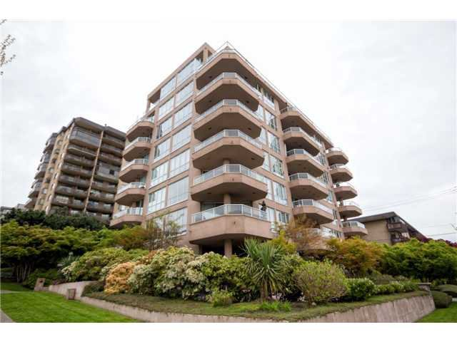 "Main Photo: # 301 408 LONSDALE AV in North Vancouver: Lower Lonsdale Condo for sale in ""The Monaco"" : MLS®# V1003928"
