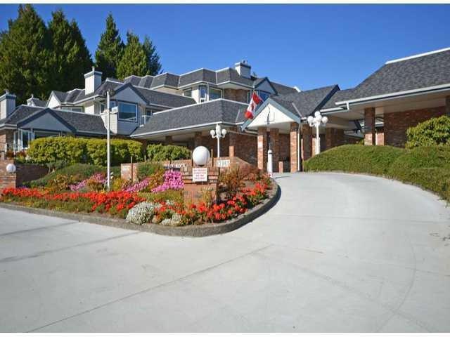 Main Photo: # 106 13965 16TH AV in Surrey: Sunnyside Park Surrey Condo for sale (South Surrey White Rock)  : MLS®# F1316892