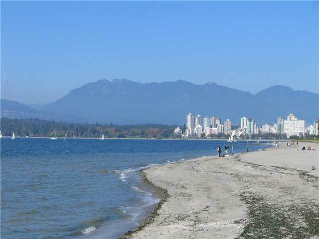 Main Photo: 309 2469 Cornwall in Vancouver: Condo for sale