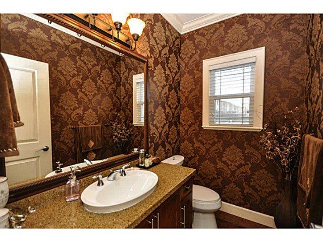 Photo 14: Photos: 19306 73B AV in Surrey: Clayton House for sale (Cloverdale)  : MLS®# F1401646